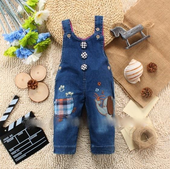 Комбинезон из джинса для мальчика