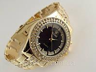 Женские часы ROLEX -  циферблат черный, цвет корпуса и браслета золото.