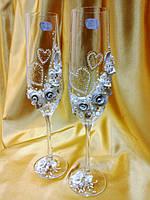 Свадебные бокалы ручной работы.