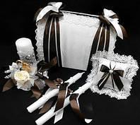 Набор свадебный  коричневый ,сундук для денег ,свечи ,подушечка для колец.