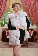 Жилетка из песца диагональными полосами (перфорация) Diagonally layered blue fox fur vest gilet