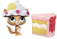 Игровой набор Littlest Pet Shop Sweetest Hide Chipmunk бурундук