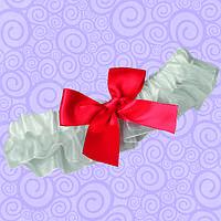 Подвязка для невесты с алым бантиком
