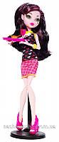 Кукла Monster High Дракулаура из серии Крипатерия!!!