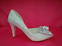 Свадебные белые гипюровые туфли