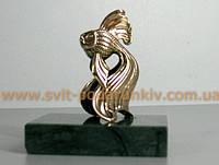 """Бронзовая статуэтка """"Золотая Рыбка"""" на подставке"""