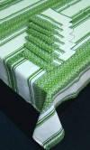 Вышитая скатерть на столик