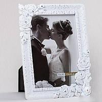Свадебная белая фоторамка с обрамлением в виде роз, 13х18 см