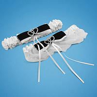 Красивая подвязка невесты с черно-белым бантиком и двумя сердечками , свадебная подвязка, купить