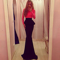 Шикарное платье в пол красный гипюровый верх и черная юбка с баской