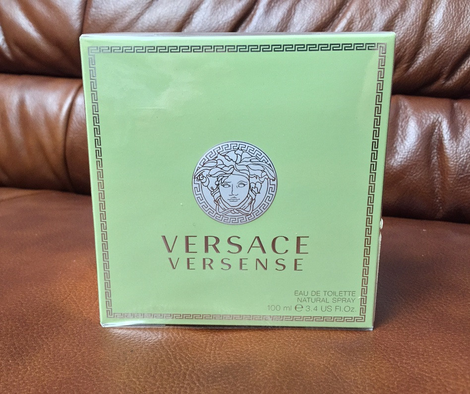 Versace Versense туалетна вода 100мл.