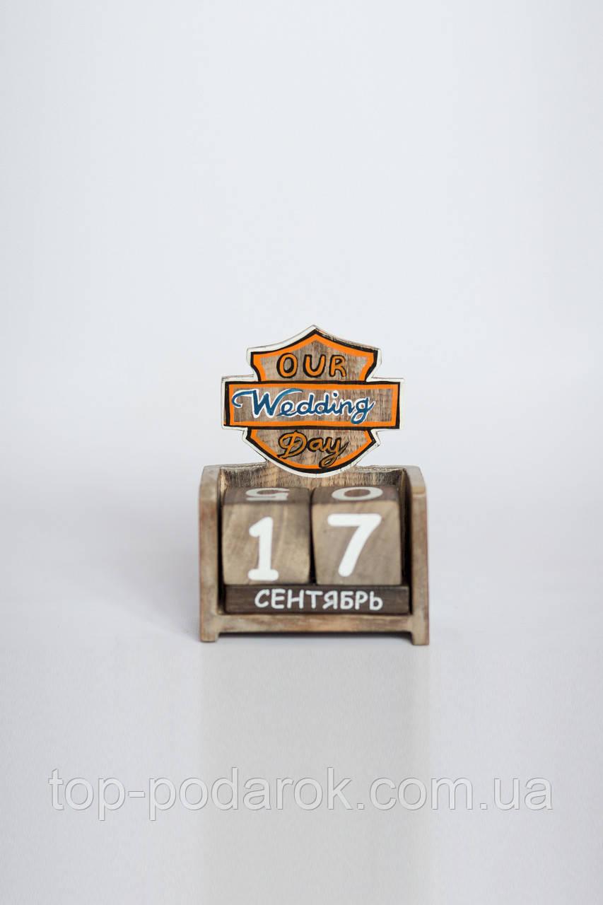 Вечный календарь деревянный размер 15*13*5