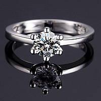 Лаконичное женское кольцо с цирконом р 18,5