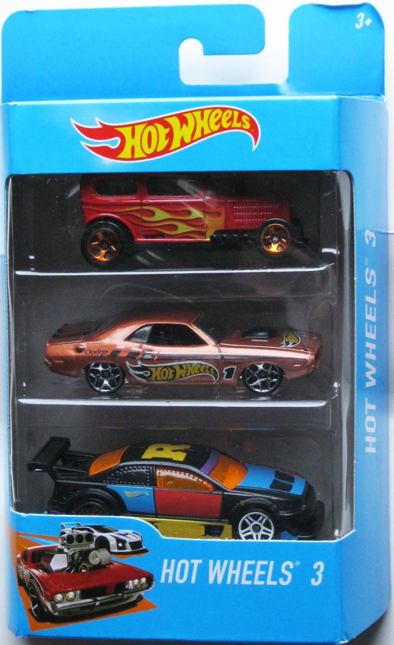 Хот Вилс Набор из 3-х машинок Hot Wheels Track Car