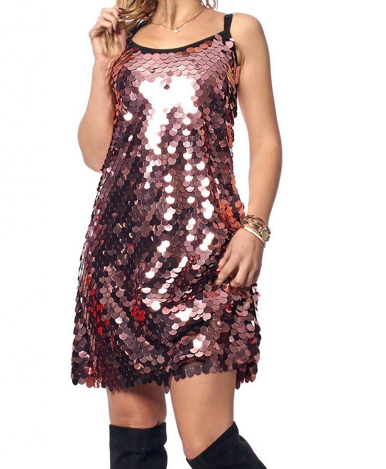 Короткое платье в нежных цветах