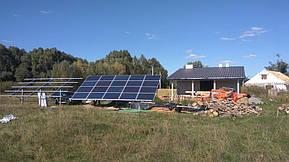 Монтаж солнечной электростанции на регулируемых столах (трекерах). Столы могут регулироваться на разный угол для наибольшей выработки исходя... 10