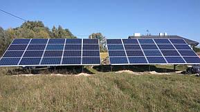 Монтаж солнечной электростанции на регулируемых столах (трекерах). Столы могут регулироваться на разный угол для наибольшей выработки исходя... 14