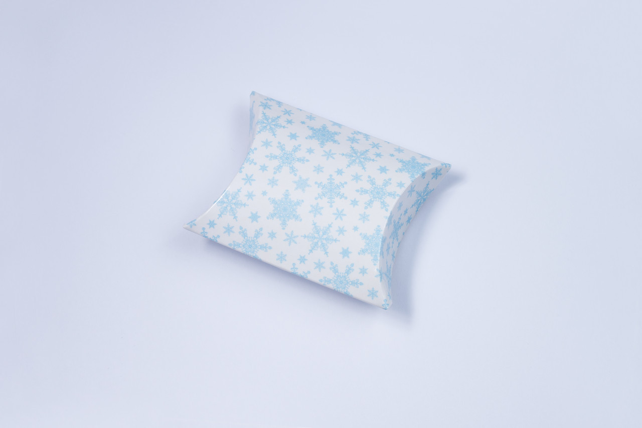 """Пирожок """" Голубые снежинки 5,5 х 6 см"""