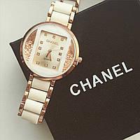 Женские наручные часы Chanel золотистые с белым, Шанель