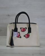 Молодежная женская сумка Кисточка молочная с нашивкой розы 52005