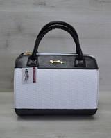Молодежная женская сумка Плетенка белого цвета 52103