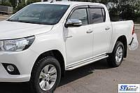 Toyota Hilux (15+) пороги площадка   d60х2мм