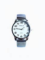 Часы кварцевые на браслете резинка