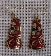 Индийские латунные серьги с эмалью красного цвета