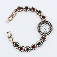 Часы женские наручные Винтаж декорированы стразами и камушками