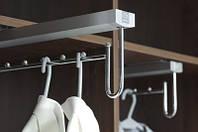 Вішалка для одягу