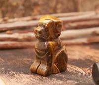 Собака статуэтка из камня тигровый глаз