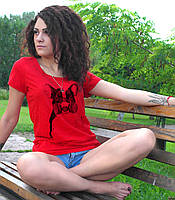 """Женская футболка """"Мопс в респираторе"""""""