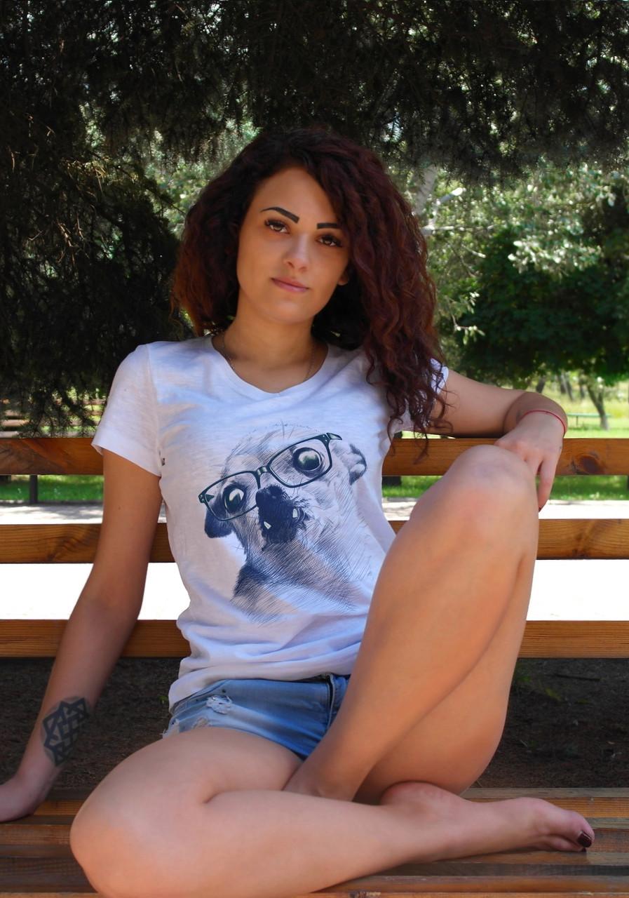 """Женская футболка """"Собачка в очках"""""""