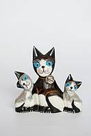 Семья котов деревянных высота 15 см