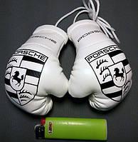 Сувенирные мини перчатки боксерские для авто сувенир брелок логотип Porshe