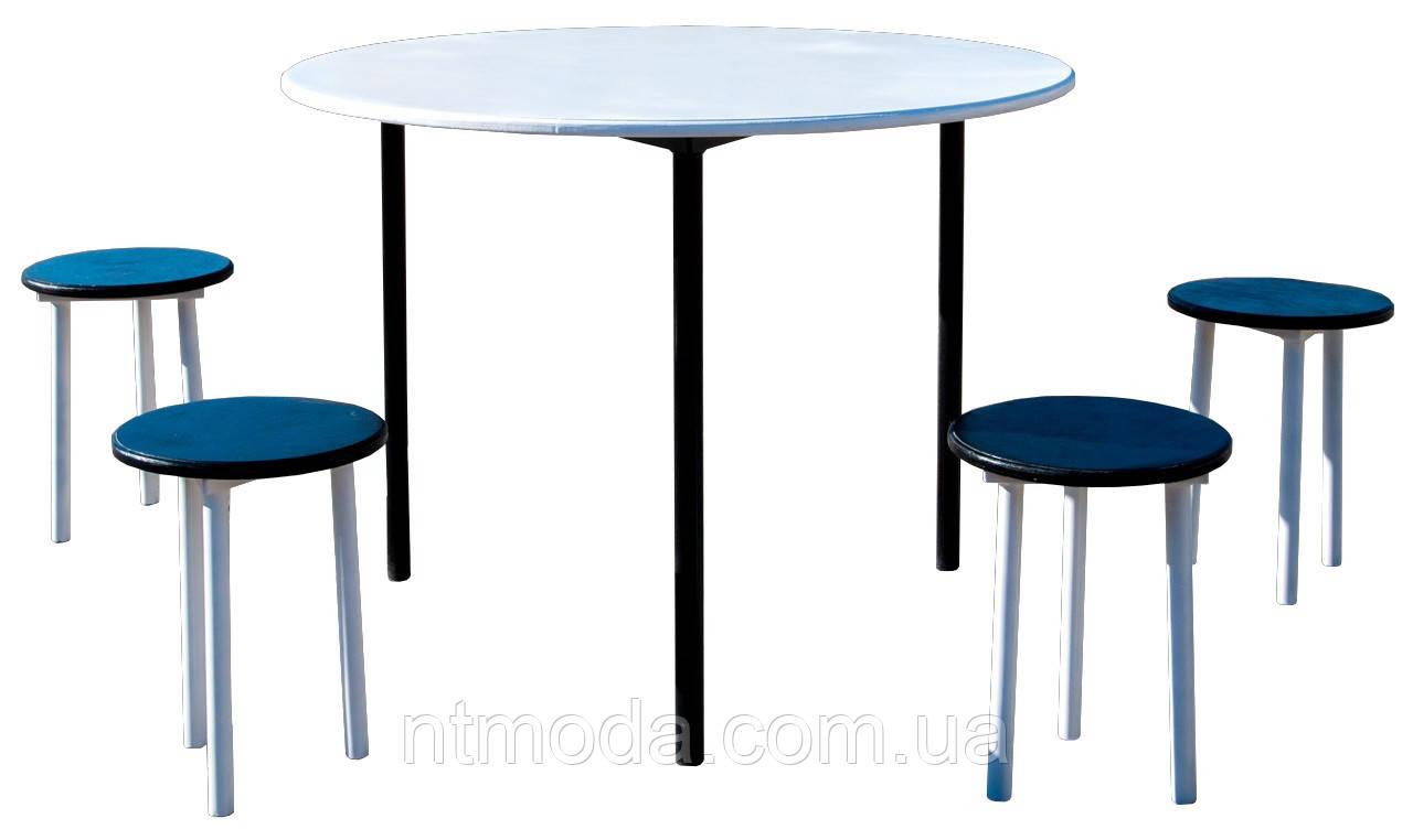 Стол со стульями. С-002-1