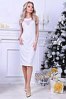 Стильное платье-футляр с вставками сетки