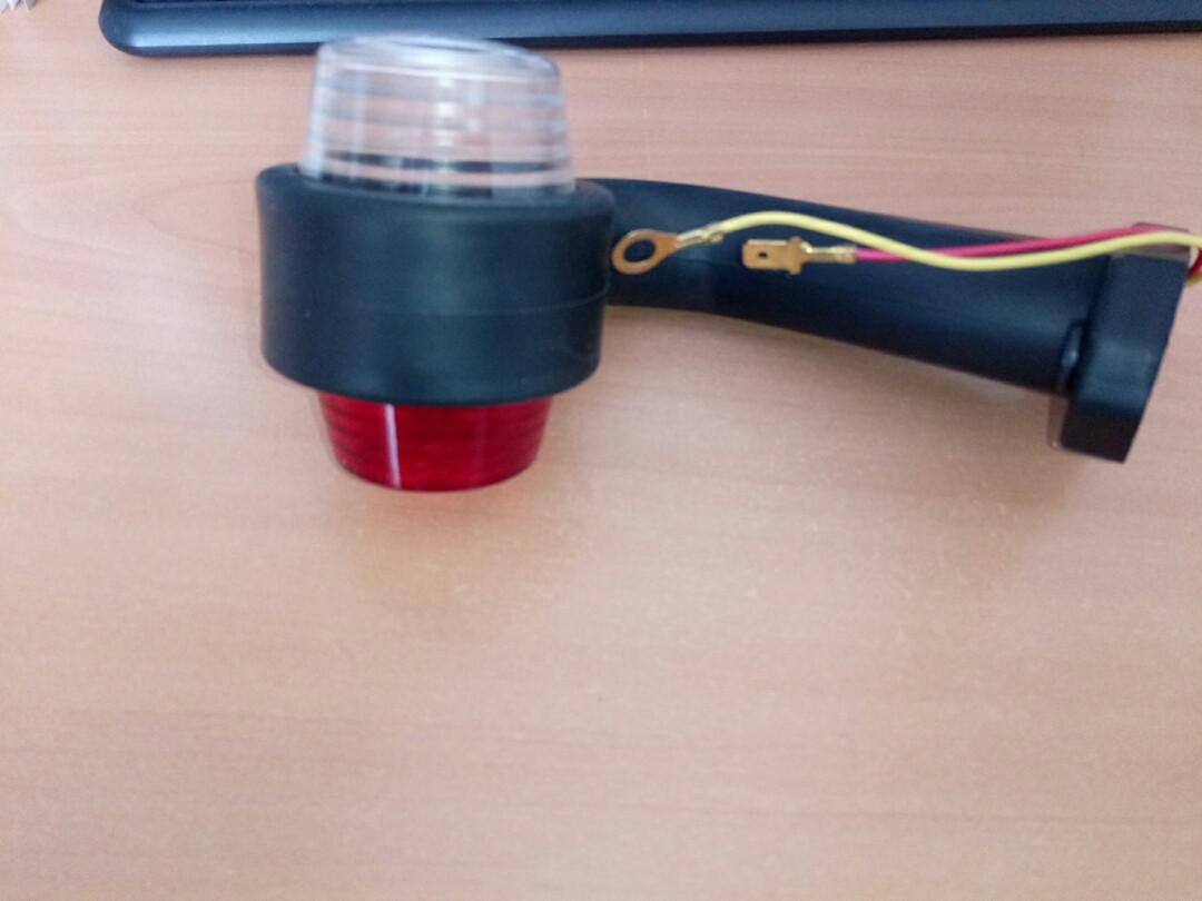 Габаритный фонарь правый короткий крючком 0BR003/H