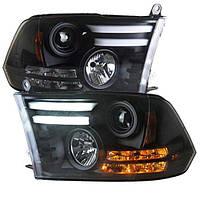 Штатная для Dodge Ram 1500 головная оптика с LED полосой 2013 по 2015 год черный ободок SN