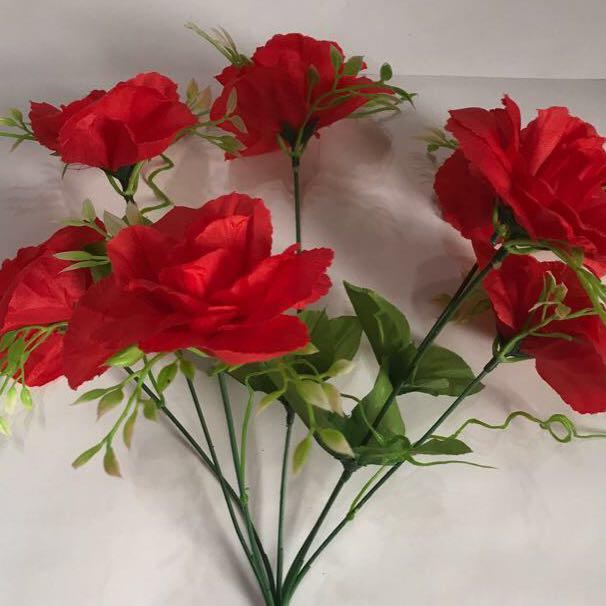 Искусственный букет- роза с пластиком