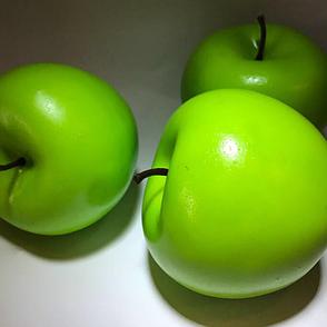 Искусственный фрукт яблоко. Муляж зеленого яблока., фото 2