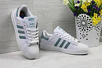 Кроссовки женские adidas Superstar, белые с зеленым, материал - кожа, подошва прошита