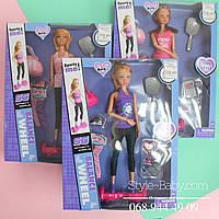 Кукла типа Барби  в спортивной одежде и гироборд
