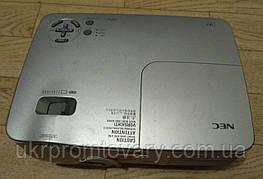 Мультимедийный проектор NEC np40 б/у для презентаций недорого