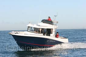 Beneteau моторные яхты