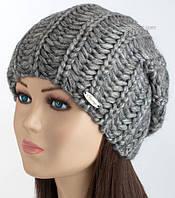 Стильная вязаная шапка-колпак Хилтон