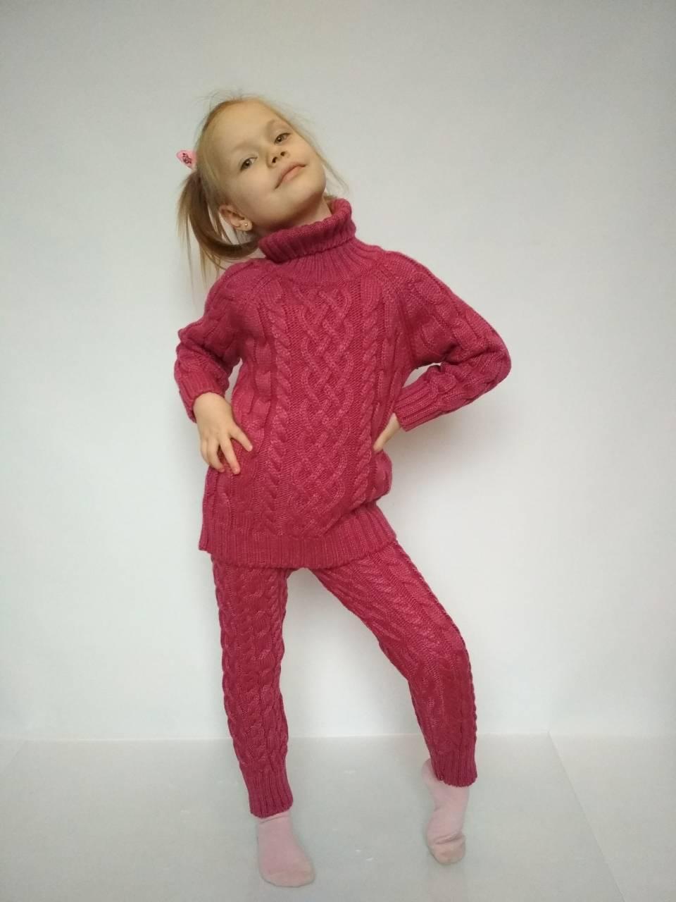 вязаный костюм для девочки красного цвета за 450 грн в харькове от