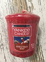 """Аромасвеча """"Рождественский вечер"""" Yankee Candle"""