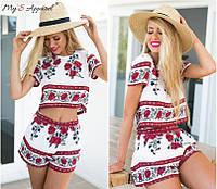Жеснкий модный летний костюм с этническим принтом: топ и шорты