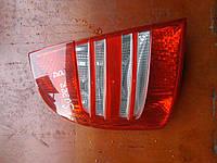 Задний фонарь (левый) Skoda SuperB 2002-2008г